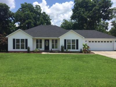 Lakeland Single Family Home For Sale: 39 Ridge