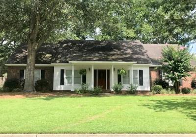 Berrien County, Brooks County, Cook County, Lanier County, Lowndes County Single Family Home For Sale: 3705 Sedgefield Drive