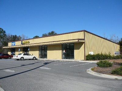 Lowndes County Commercial Lease For Lease: 1310 E Hill