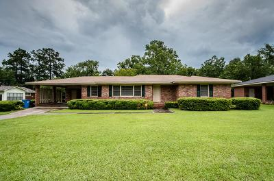 Single Family Home For Sale: 4011 Pine Place