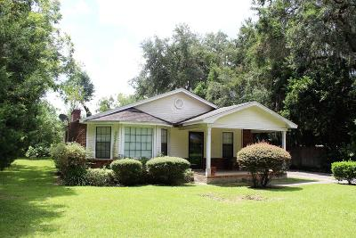 Berrien County, Brooks County, Cook County, Lanier County, Lowndes County Single Family Home For Sale: 615 W Gordon