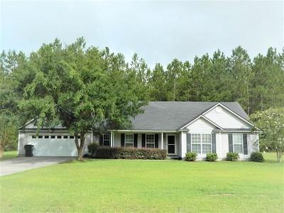 Lakeland Single Family Home For Sale: 35 Live Oak Trail