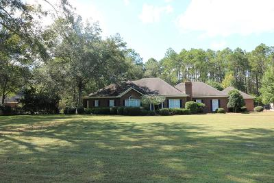 Berrien County, Brooks County, Cook County, Lanier County, Lowndes County Single Family Home For Sale: 3537 River Chase Drive