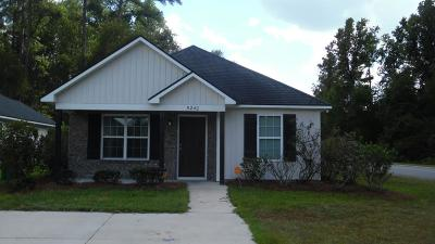 Single Family Home For Sale: 5240 Greyfield Circle