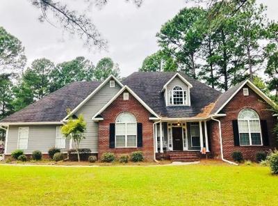 Lake Park Single Family Home For Sale: 5600 Nutmeg Circle