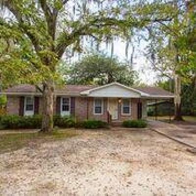 Single Family Home For Sale: 1725 Ricardo St
