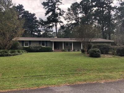 Berrien County, Brooks County, Cook County, Lanier County, Lowndes County Single Family Home For Sale: 2429 Meadowbrook Dr