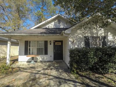 Single Family Home For Sale: 1628 Lexington Circle