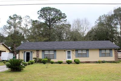 Single Family Home For Sale: 1017 Bunche Dr