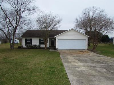 Single Family Home For Sale: 3842 Merriman Court