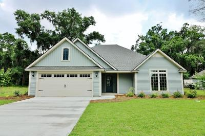 Lake Park Single Family Home For Sale: 721 Sandy Bottom Drive