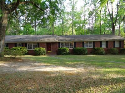 Berrien County, Brooks County, Cook County, Lanier County, Lowndes County Single Family Home For Sale: 1213 Dellwood Dr