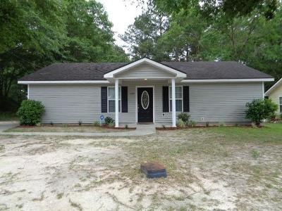 Berrien County, Brooks County, Cook County, Lanier County, Lowndes County Single Family Home For Sale: 1595 Jefferson Court S
