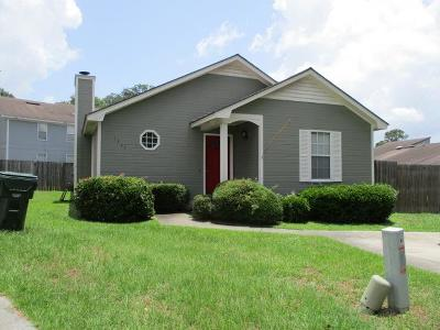 Single Family Home For Sale: 1311 Old Mill Pl