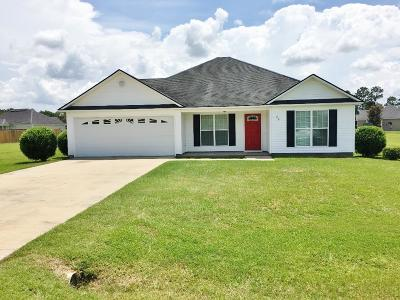 Lakeland Single Family Home For Sale: 89 Mill Pond Place