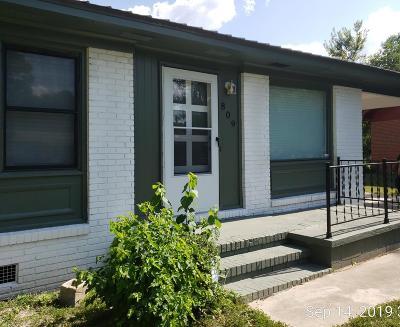 Single Family Home For Sale: 809 Ponderosa