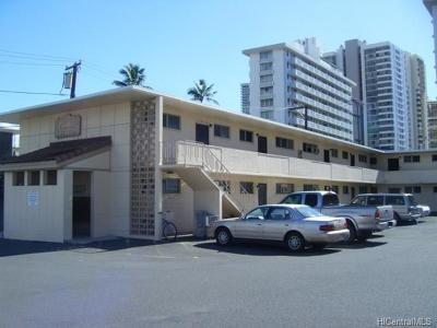 Honolulu Condo/Townhouse In Escrow Showing: 909 University Avenue #204