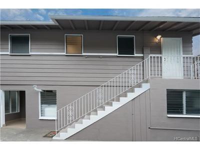 Honolulu Single Family Home In Escrow Showing: 2828 Kalihi Street #4
