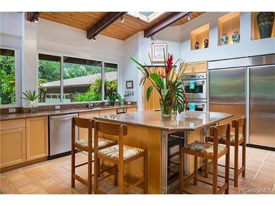 Waimanalo Single Family Home In Escrow Showing: 41-1200 Waikupanaha Street