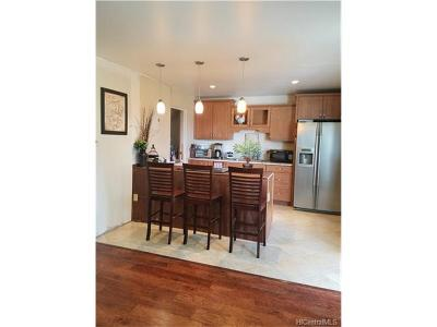 Pearl City Condo/Townhouse In Escrow Showing: 98-1422 Koaheahe Street #B