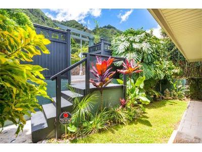 Honolulu Single Family Home For Sale: 3169 Huelani Drive