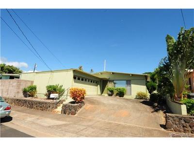 Pearl City Single Family Home For Sale: 1479 Puanakau Street