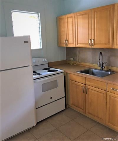 Central Oahu, Diamond Head, Ewa Plain, Hawaii Kai, Honolulu County, Kailua, Kaneohe, Leeward Coast, Makakilo, Metro Oahu, North Shore, Pearl City, Waipahu Rental For Rent: 1222 Artesian Street #A