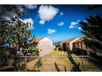 Kapolei Condo/Townhouse In Escrow Showing: 92-739 Makakilo Drive #21