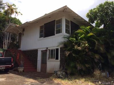 Single Family Home In Escrow Showing: 3638 Crater Road #F
