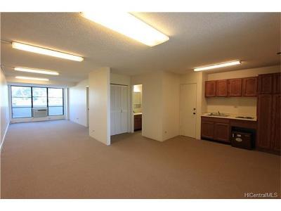 Condo/Townhouse For Sale: 465 Kapahulu Avenue #2F