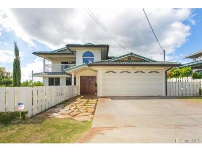 Aiea Single Family Home For Sale: 98-124 Keanae Street