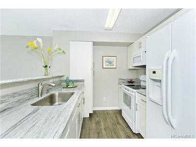 Condo/Townhouse For Sale: 1133 Waimanu Street #2705