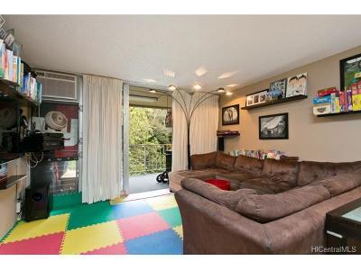 Mililani Condo/Townhouse For Sale: 95-257 Waikalani Drive #B501