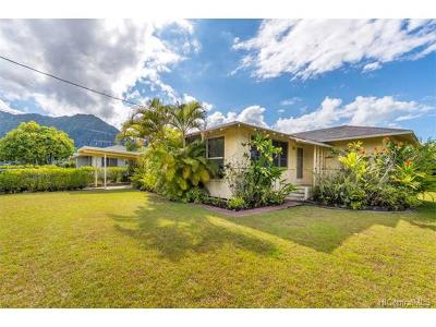 Kaneohe Single Family Home In Escrow Showing: 45-321 Kahowaa Place