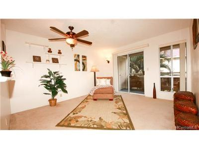 Mililani Condo/Townhouse In Escrow Showing: 95-510 Wikao Street #D204