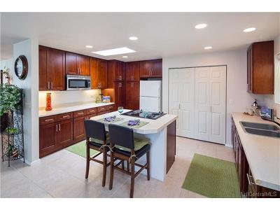 Single Family Home For Sale: 4624 Kalaniiki Place