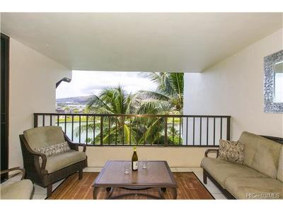Honolulu County Condo/Townhouse In Escrow Showing: 500 Lunalilo Home Road #25D