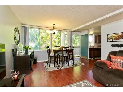 Mililani Condo/Townhouse In Escrow Showing: 95-644 Hamumu Street #H202
