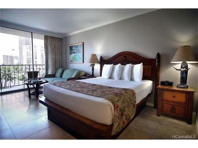 Hawaii County, Honolulu County Condo/Townhouse For Sale: 2045 Kalakaua Avenue #404