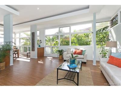 Honolulu Single Family Home For Sale: 1455 Kalanikai Place #40