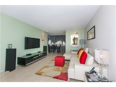 Honolulu Condo/Townhouse For Sale: 1400 Pensacola Street #306