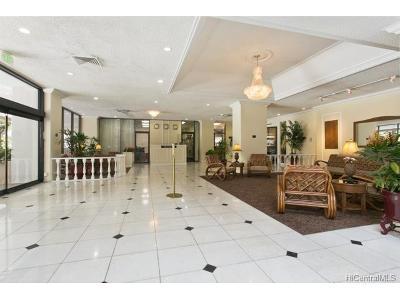 Honolulu HI Condo/Townhouse For Sale: $190,000