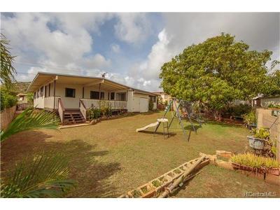 Kapolei Single Family Home In Escrow Showing: 92-386 Akaula Street