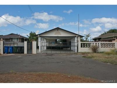 Honolulu County Single Family Home For Sale: 87-211 Kulaaupuni Street
