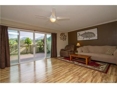 Kaneohe Condo/Townhouse In Escrow Showing: 46-441 Kahuhipa Street #B