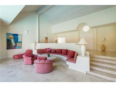 Hawaii County, Honolulu County Single Family Home For Sale: 909 Kealaolu Place