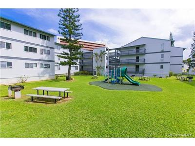 Condo/Townhouse In Escrow Showing: 46-269 Kahuhipa Street #D104