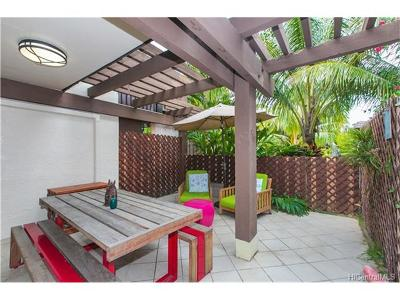 Honolulu County Condo/Townhouse In Escrow Showing: 444 Lunalilo Home Road #805