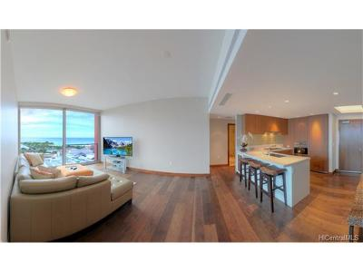 Hawaii County, Honolulu County Condo/Townhouse For Sale: 1555 Kapiolani Boulevard #1905