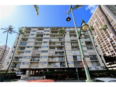 Condo/Townhouse For Sale: 2355 Ala Wai Boulevard #303